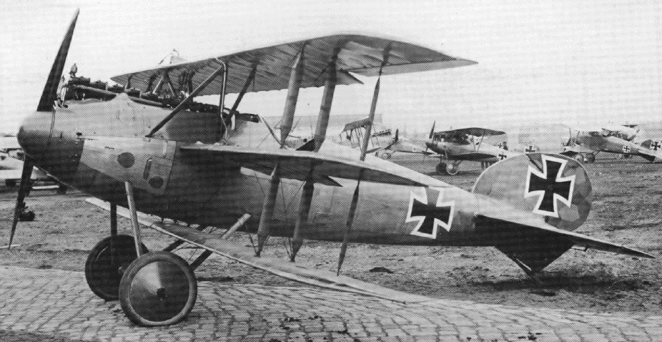 aviation in wwi Starting with six derelict wwi planes, cole made the aerodrome into america's  first  more than 60 aircraft of the pioneer, wwi and golden ages of aviation.